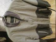 Куртка легкая демисезонная в пастельных зеленоватых тонах