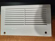 Вентиляционная решётка белый пластик с капроновой сеткой 18 x 11 см